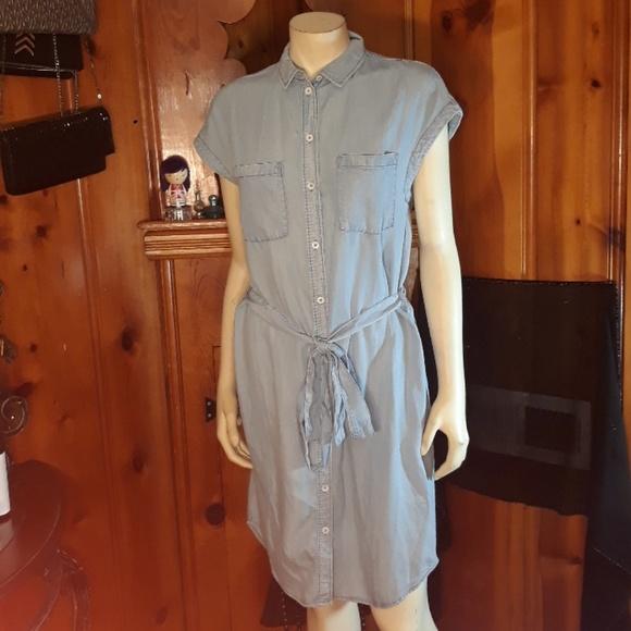H&M Dresses & Skirts - H &M Dress